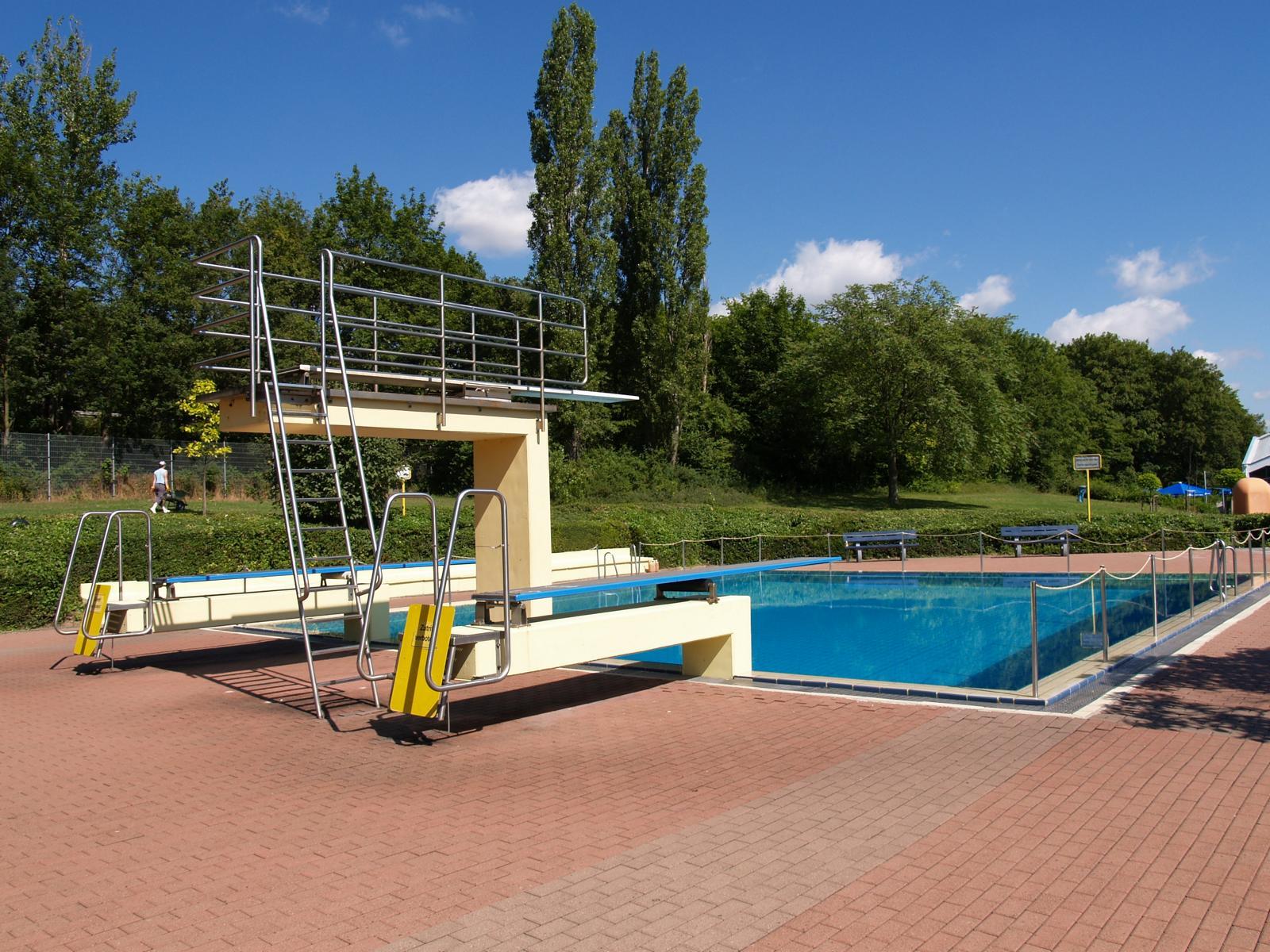 öffnungszeiten Schwimmbad Nieder Olm